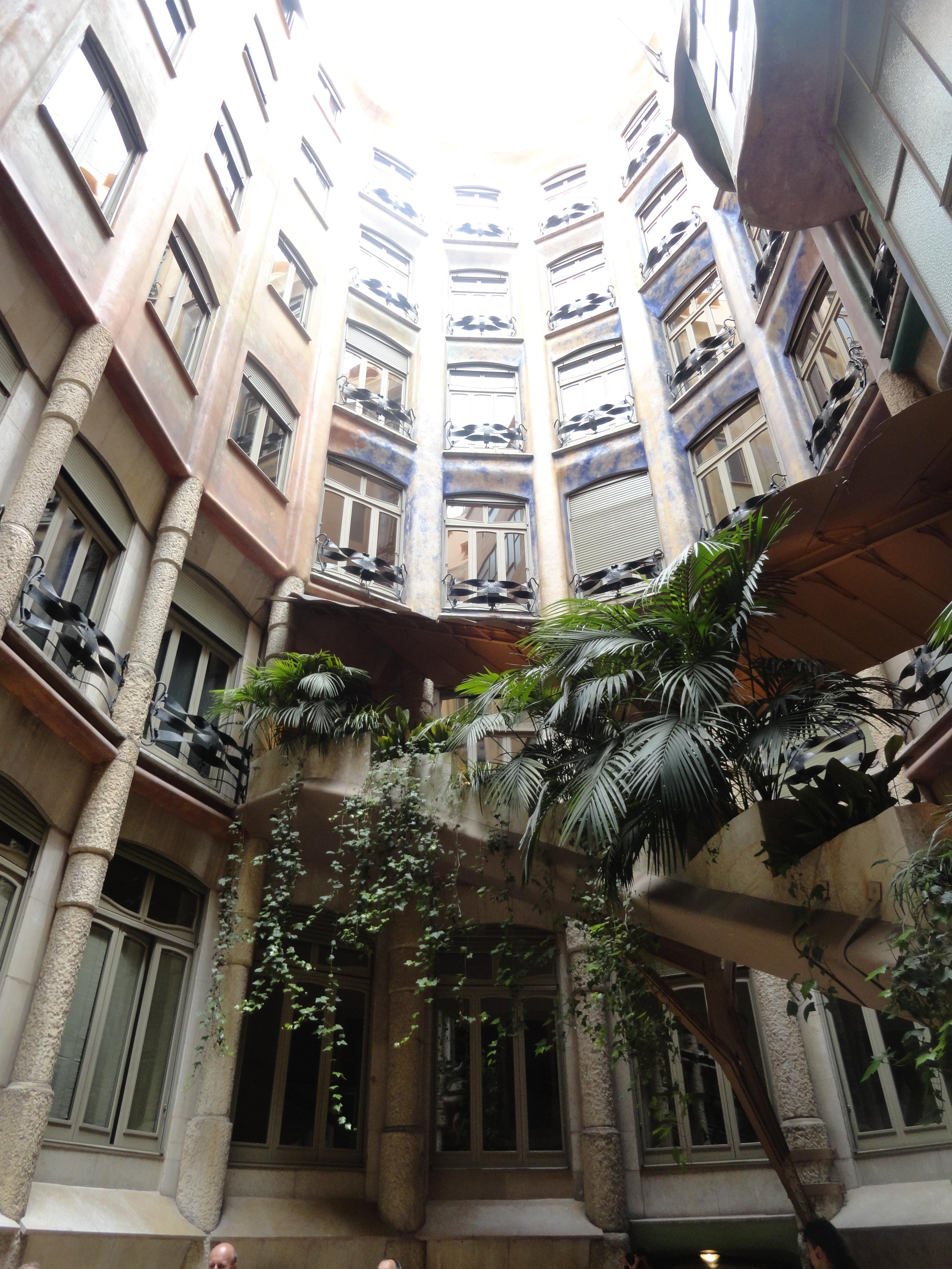 La Pedrera, casa Milà - Recorriendo Bogotá, Barcelona & Madrid